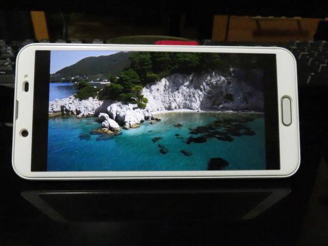 AQUOS sense2に反射防止液晶保護フィルムを貼って動画を検証