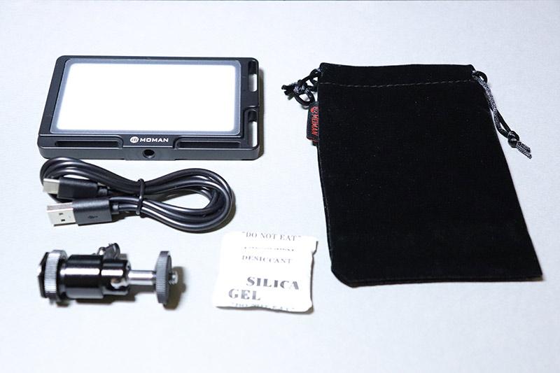 小型ビデオライト MOMAN 96LED(MFL-03)の付属品