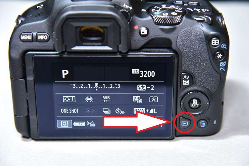 canon eos kiss x9の画像再生ボタン