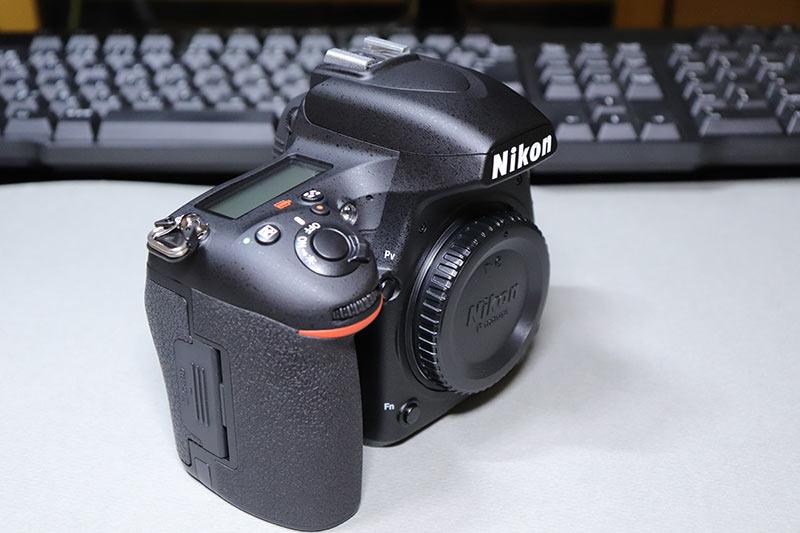 Nikon D750のシャッターボタンと電源スイッチ