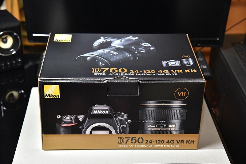 Nikon D750 24-120 4G VR レンズキットのボックス