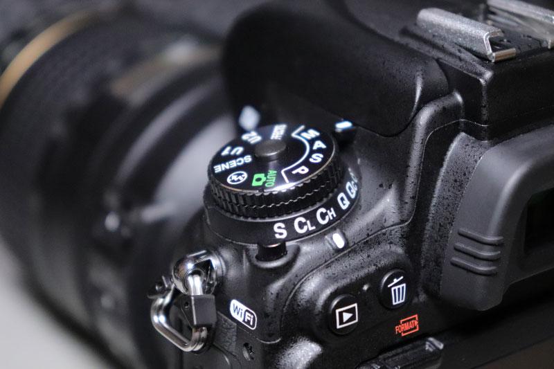 Nikon D750の撮影モードダイヤルとレリーズモードダイヤル