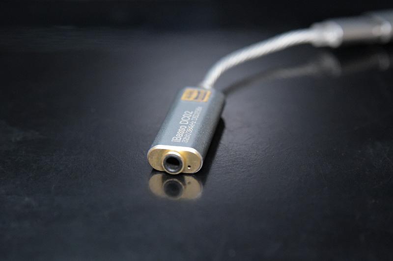 USB DAC iBasso DC02の 3.5mmステレオミニジャック