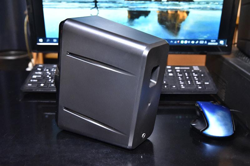 ハイレゾ対応小型スピーカー mm-spl6bkのエンクロージャー