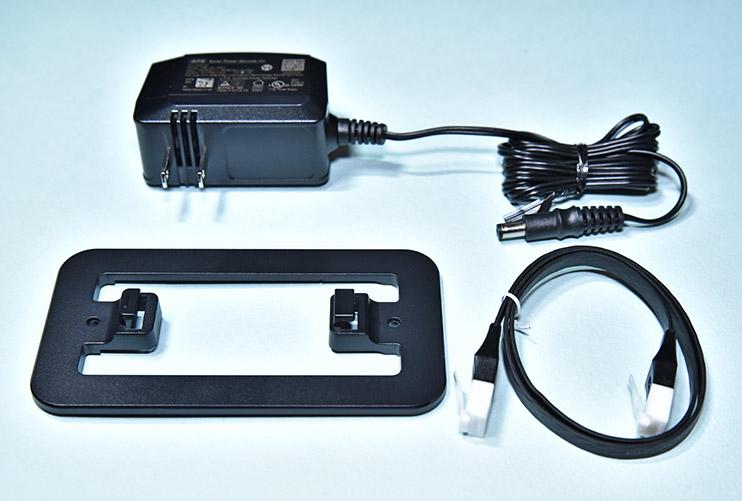 無線ランルーター WSR-2533DHPL-Cの付属品