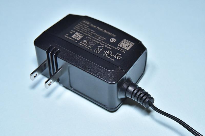 無線ランルーター WSR-2533DHPL-CのACアダプター