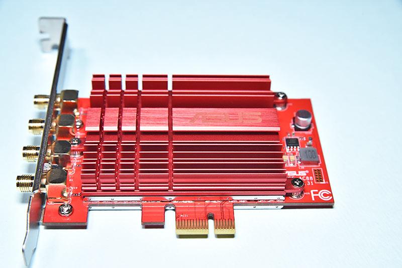 PCE-AC88のPCIEインターフェースコネクター