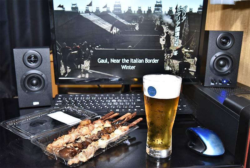 宅飲みに最適な生ビールと焼き鳥セット
