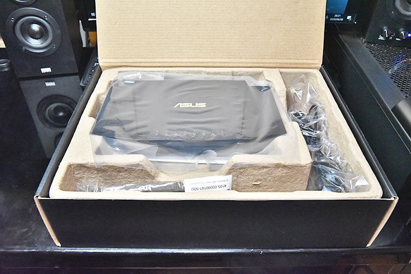 RT-AX3000のボックス内部