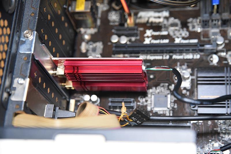 マザーボードに接続したArcher TX3000E