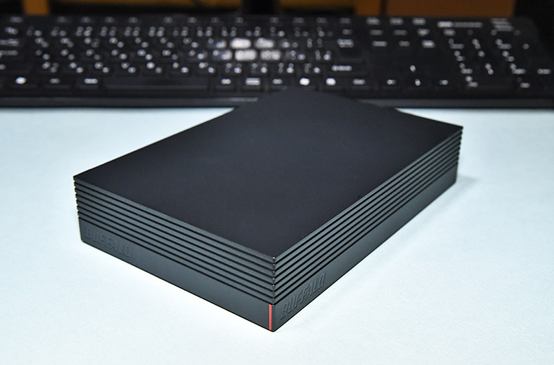 バッファロー 外付けハードディスク HD-AD4U3の外観