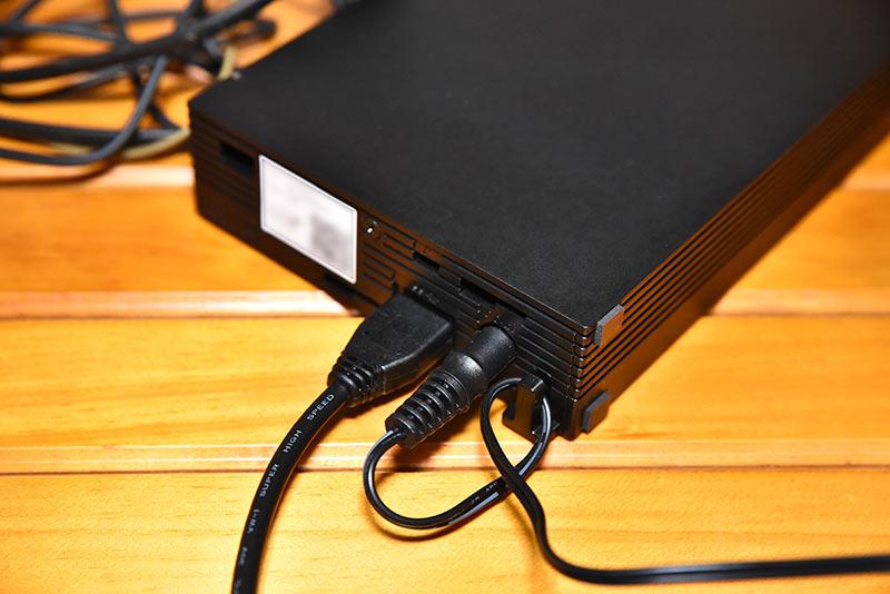 HD-AD4U3とACアダプターの接続方法