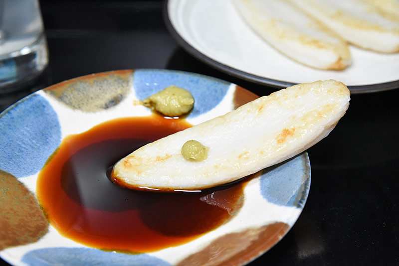 ワサビ醤油と笹かま