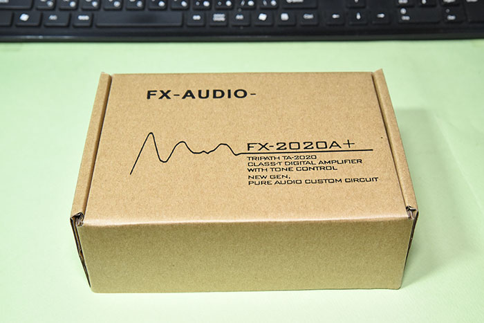 小型アンプ FX-2020A+customのボックス