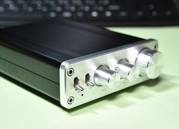 小型アンプ FX-2020A+customのトーンコントロール