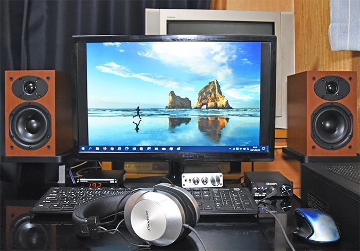 セットアップが完了したDAC-X6 PRO ヘッドホンアンプ