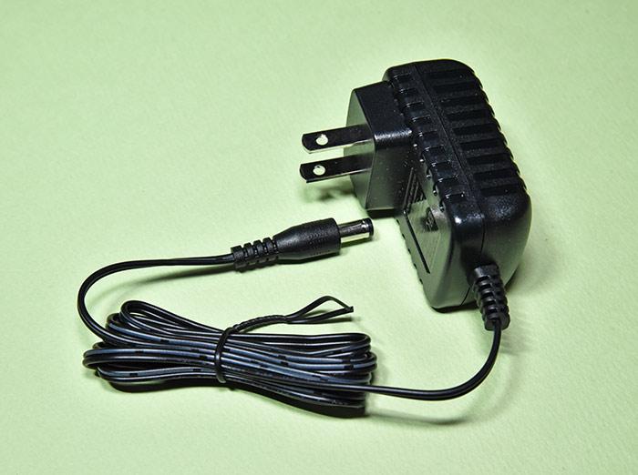 デジ像 PAV-MP2YTHR の電源アダプター